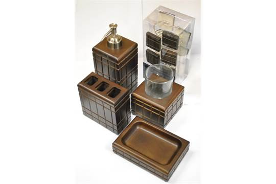 Admirable Brand New Tommy Hilfiger Bathroom Set Includes 12 Tommy Download Free Architecture Designs Scobabritishbridgeorg