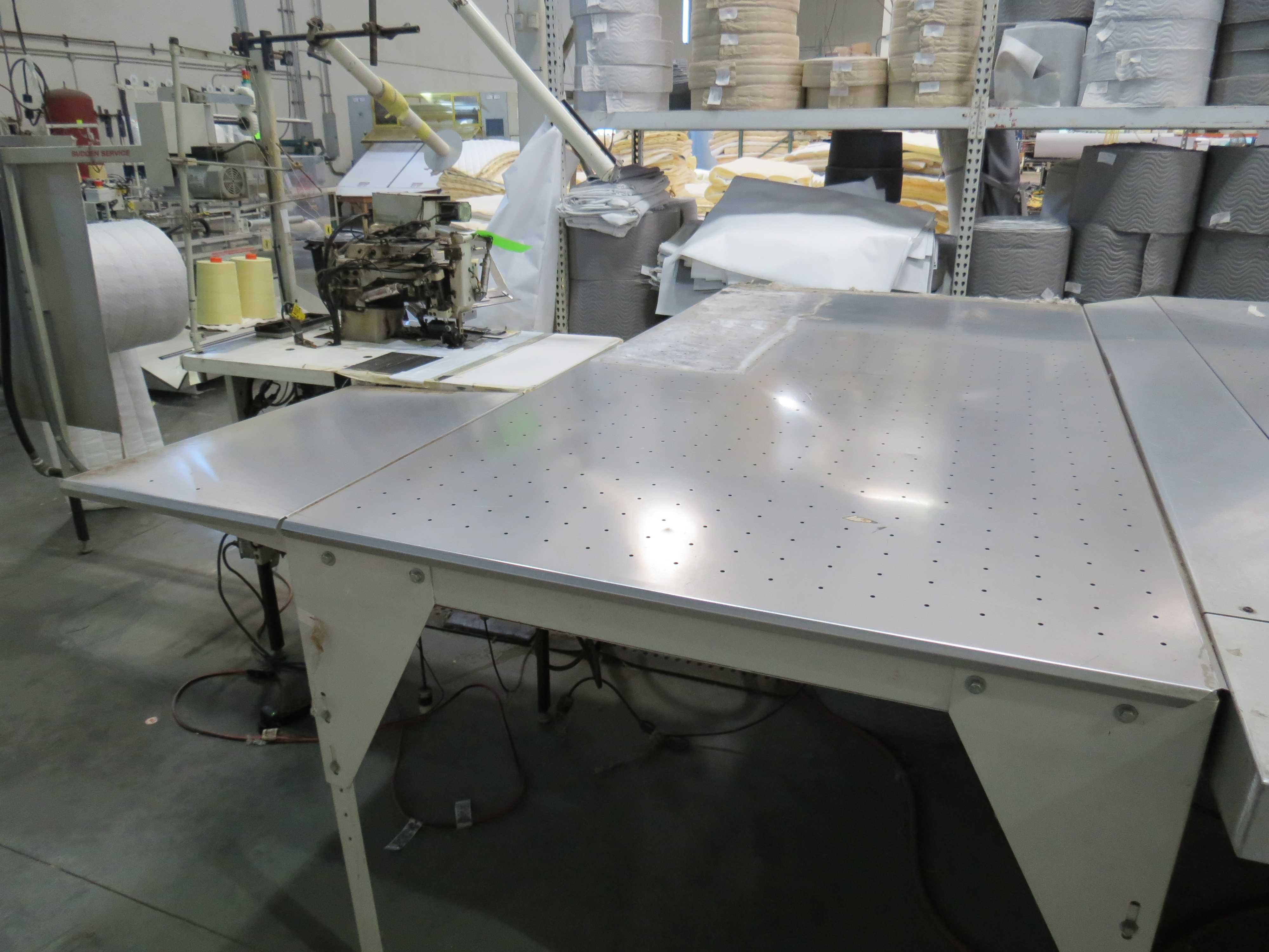 Atlanta Attachment Company VM1804P-NG-002 Ruffling Sewing Machine with Flotation Table 4' x 8' - Image 5 of 6