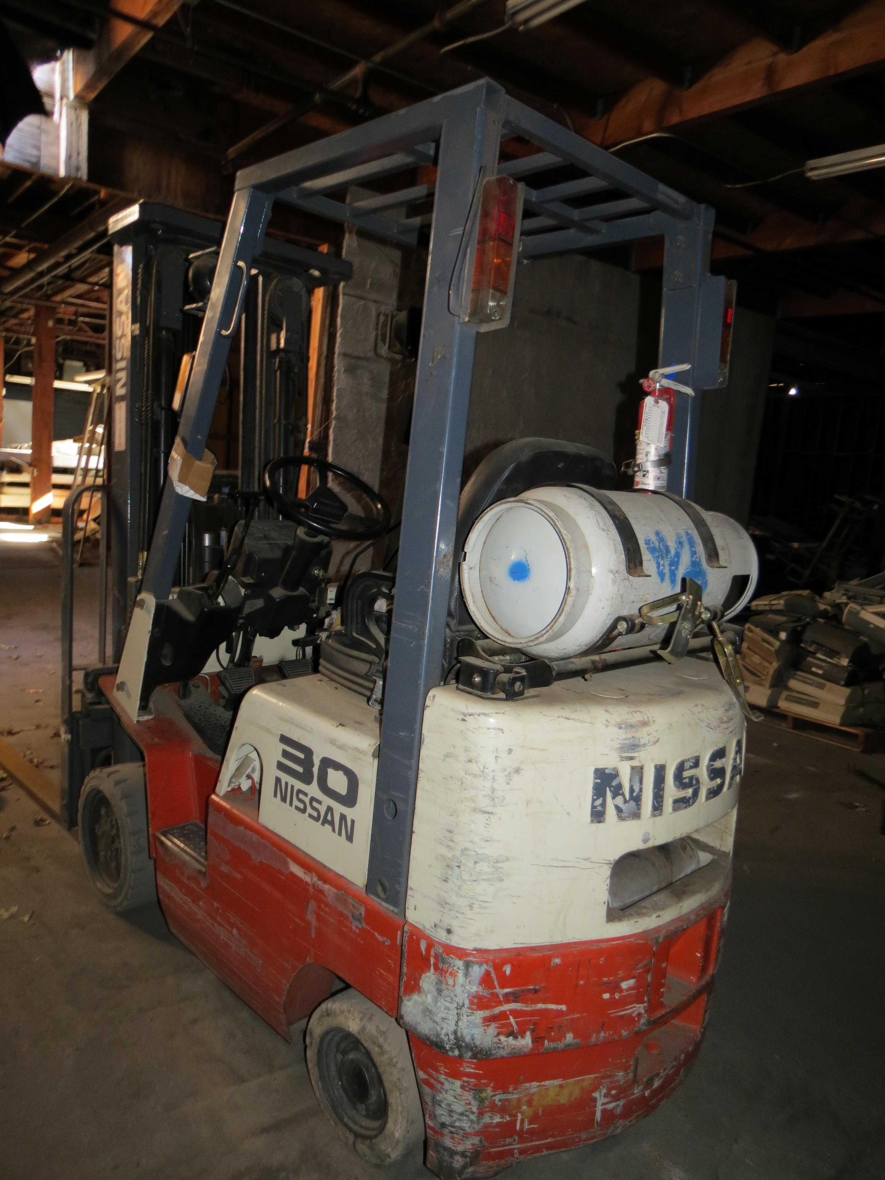Nissan Model CPJ01A15PV 3-Stage 2500K Capacity LPG Forklift with Side Shift - Image 3 of 6