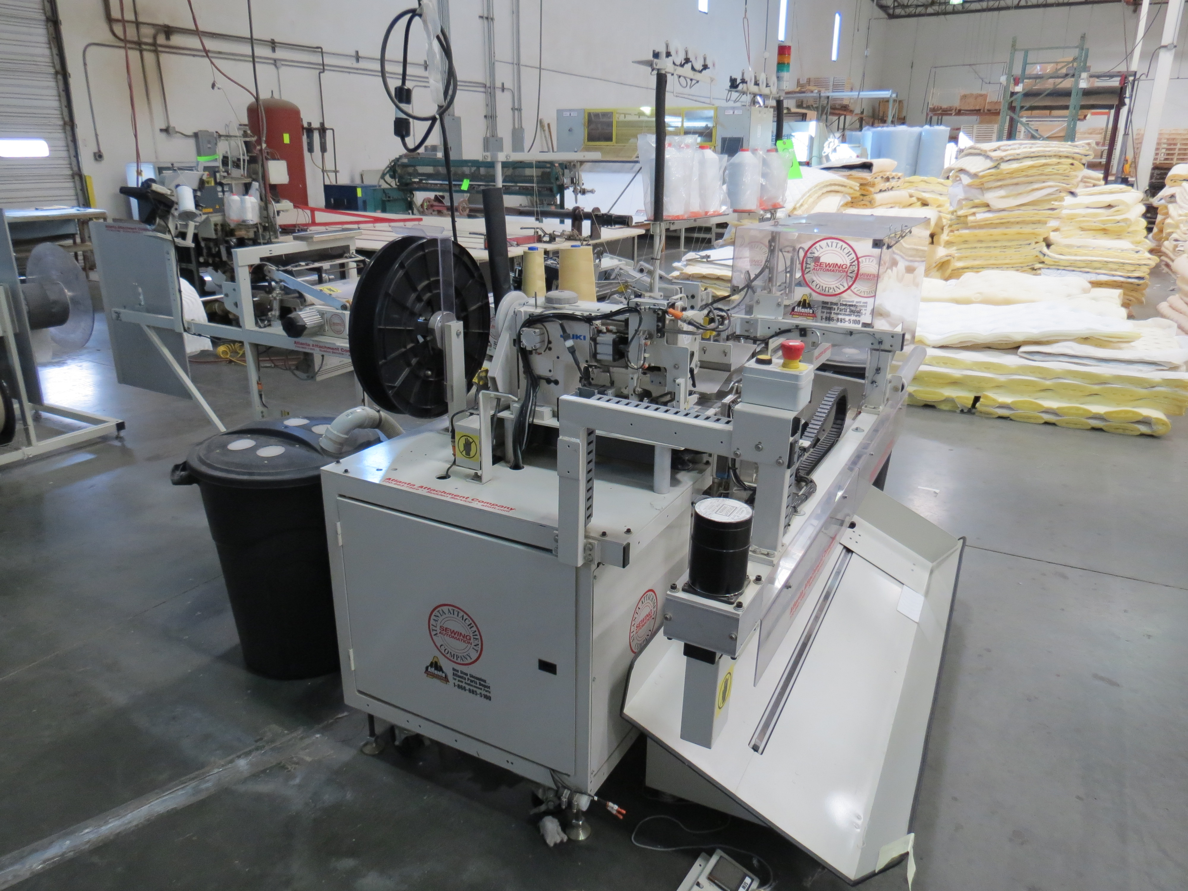 Atlanta Attachment Company, 4300BBorder/Attach Handles Sewing Machine, 220V, SN:209227071609, Juki - Image 3 of 11