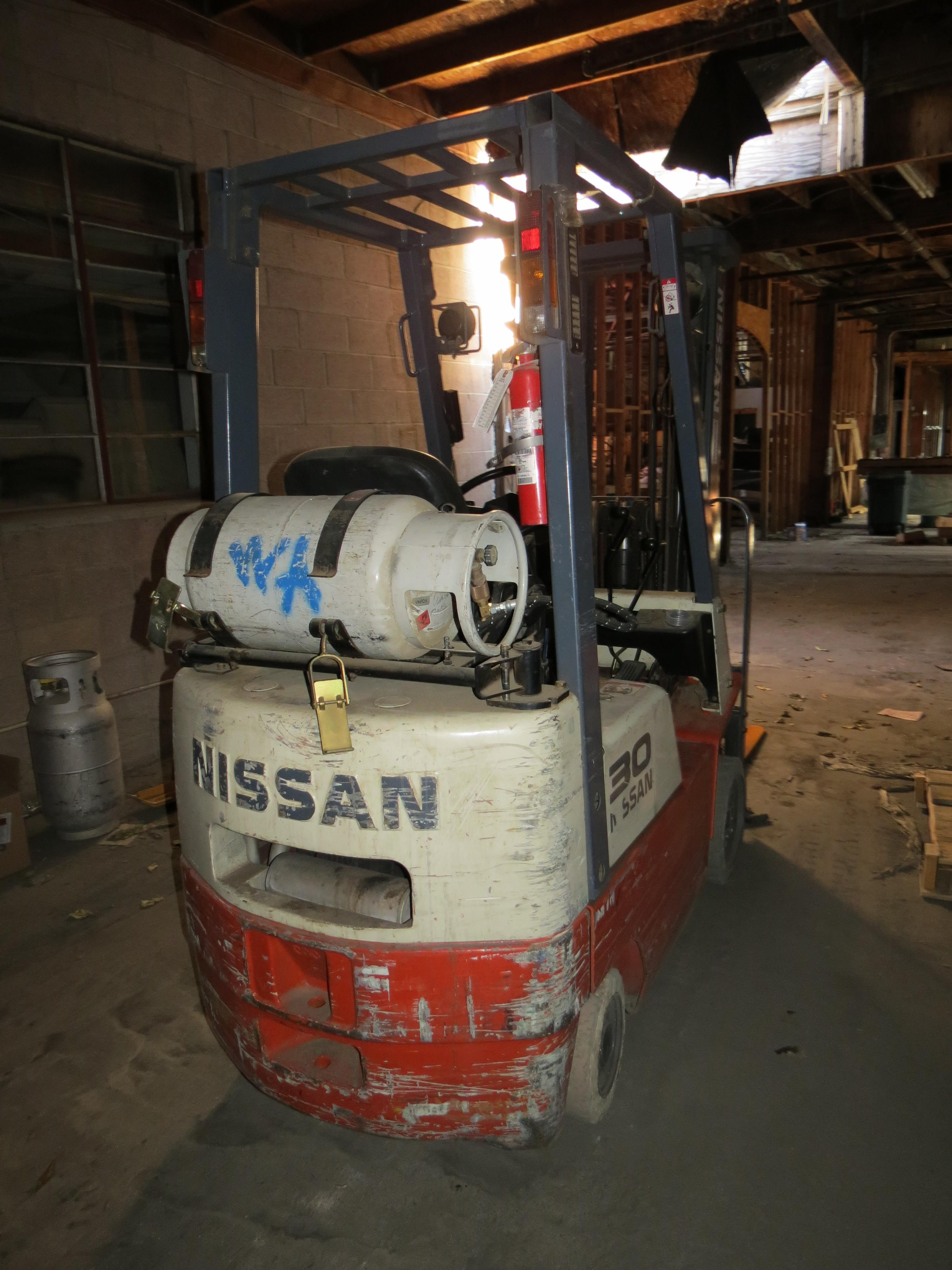 Nissan Model CPJ01A15PV 3-Stage 2500K Capacity LPG Forklift with Side Shift - Image 4 of 6