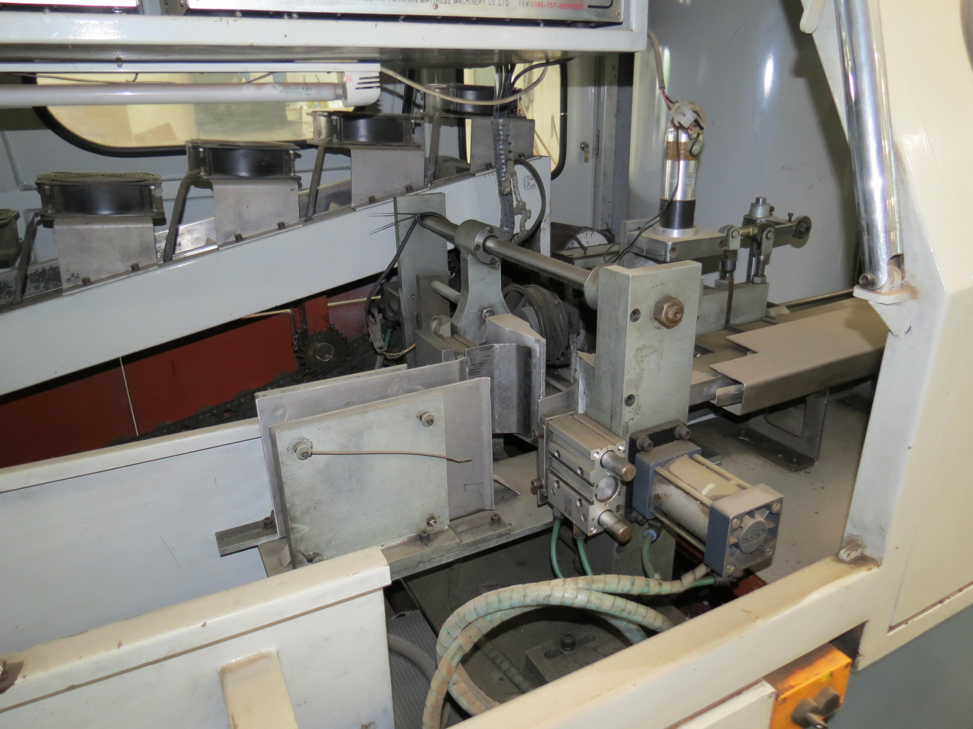 Foshan Yuatian Mattress Machine DZ-6AAutomatic Pocket Spring Machine, 220V, SN:0905005022 - Image 5 of 5
