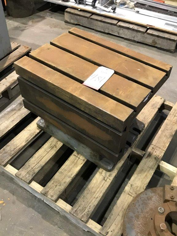 "T-SLOT ANGLE BLOCK 24"" X 18"" (LOCATION: BUILDING 6)"