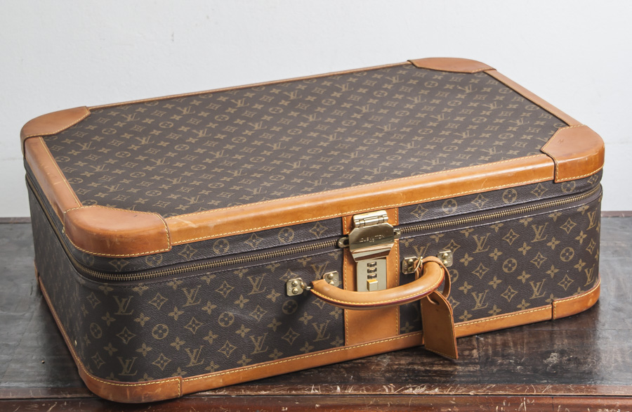 louis vuitton koffer modell stratos 70 monogram canvas. Black Bedroom Furniture Sets. Home Design Ideas