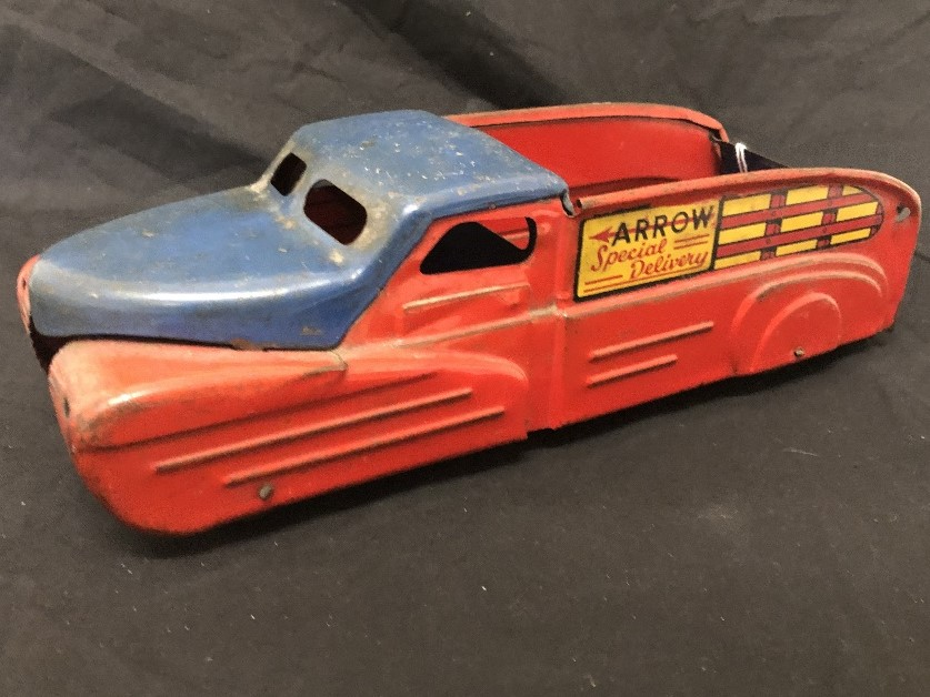 """Lot 34 - A 1930's """"Buddy"""" American tin plate lorry."""