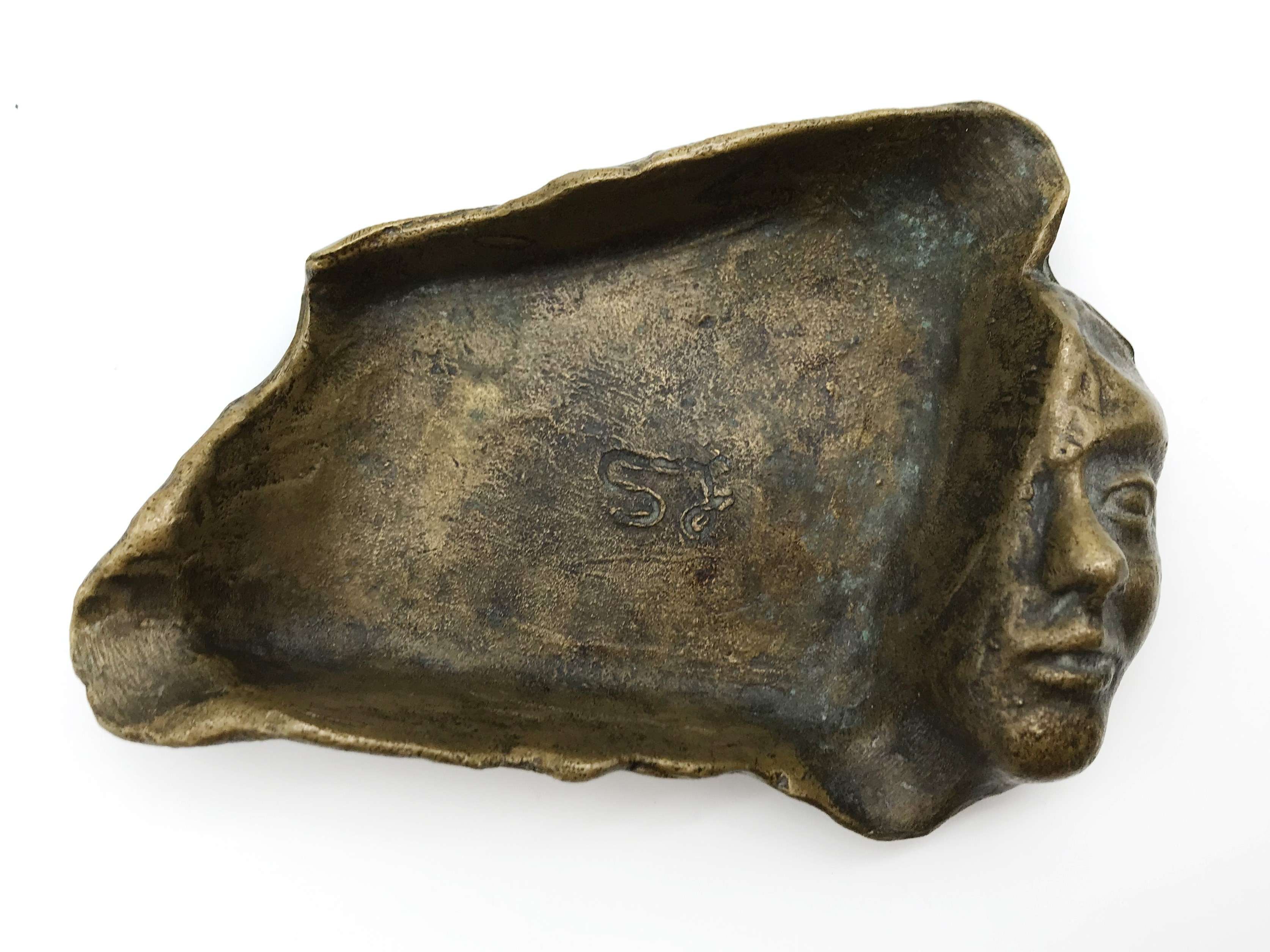 Lot 25 - UNUSUAL BRONZE PIN TRAY WITH HALF FACE