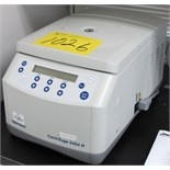 EPPENDORF CENTRIFUGE 5424R 15,000 RPM CAP MICRO CENTRIFUGE S/N: 5404AN506284 REIN-0034 (LAB)