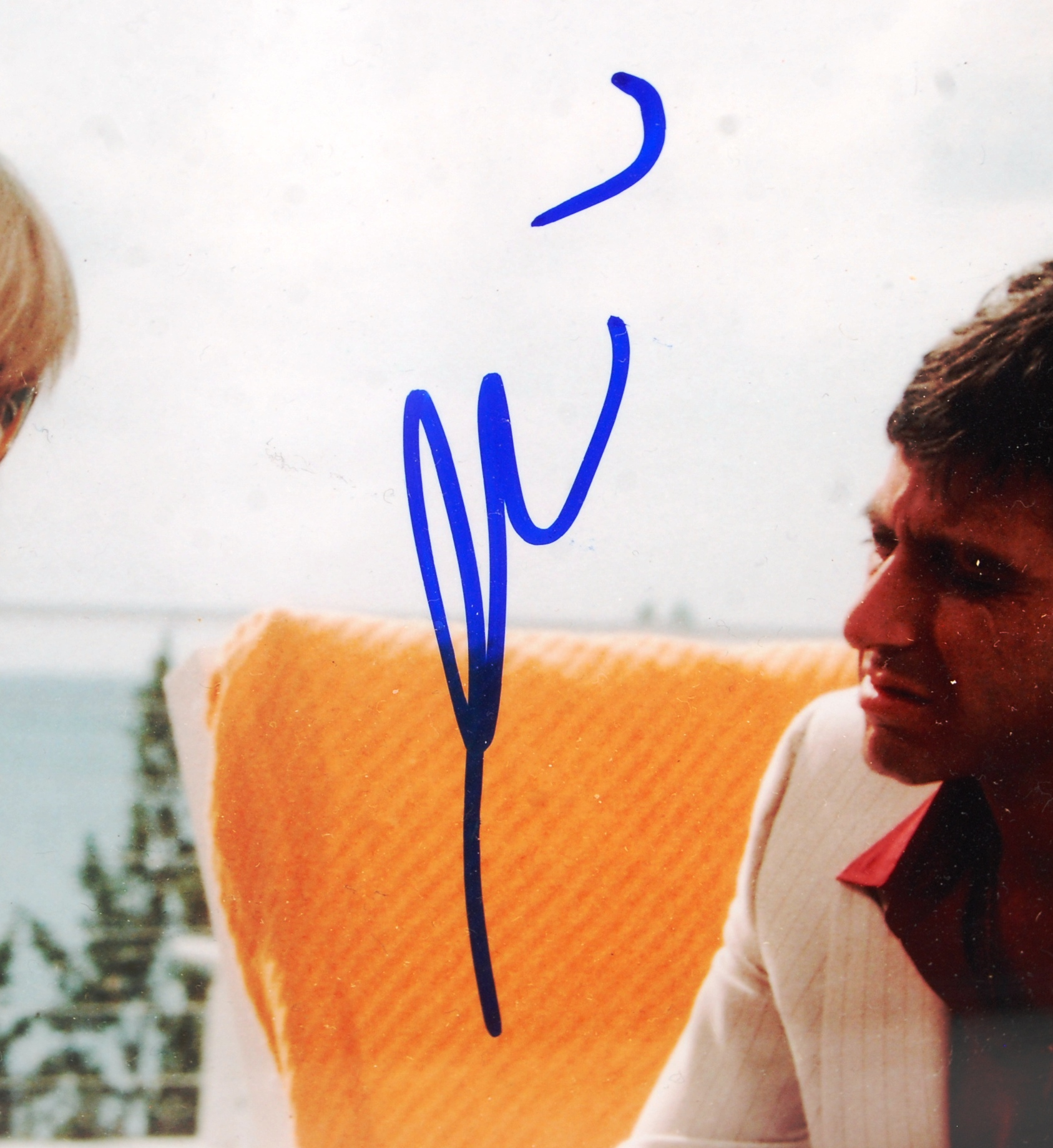 """AL PACINO - SCARFACE - AUTOGRAPHED 8X10"""" COLOUR PH - Image 2 of 2"""