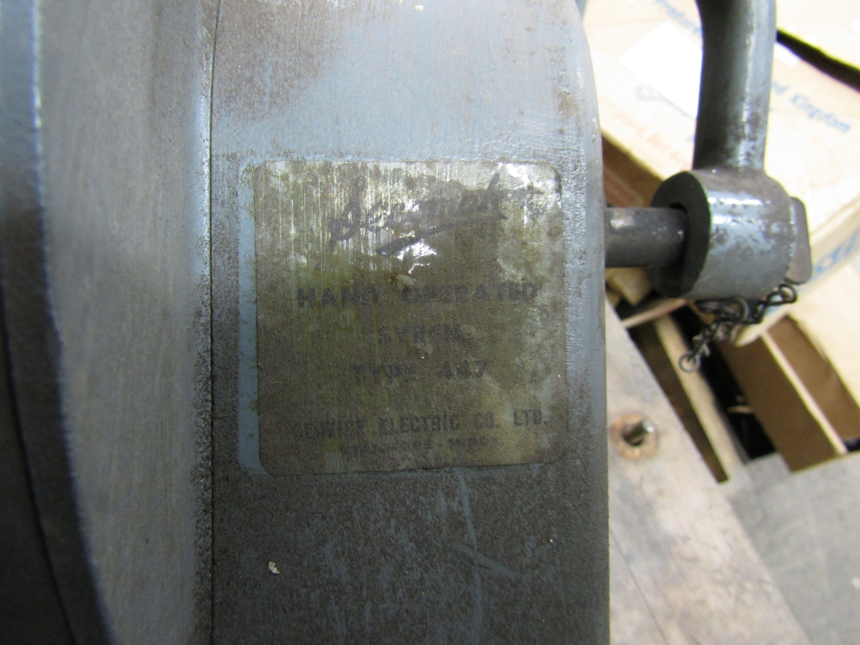 Lot 10 - A Secomak 447 hand operated air raid siren in pine transit crate