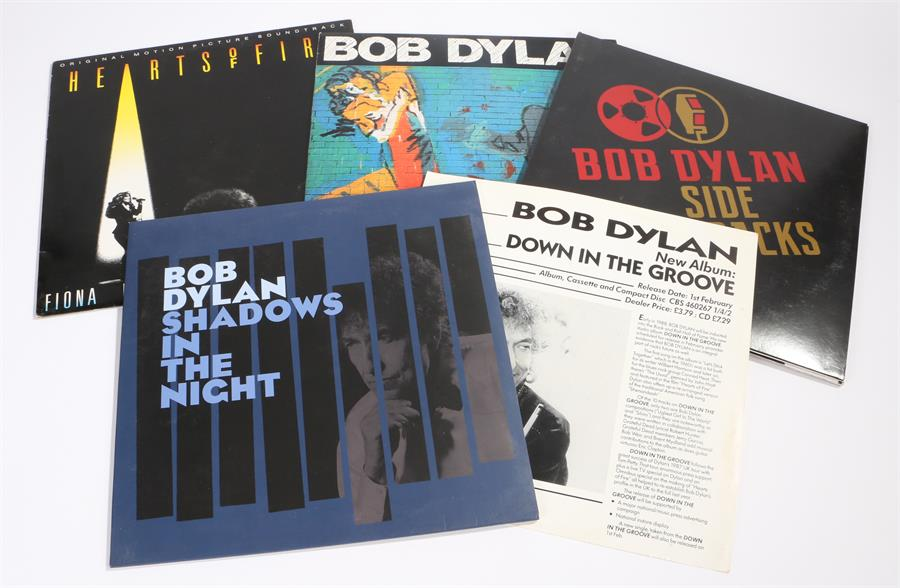 Lot 22 - 4 x Bob Dylan LPs. Oh Mercy CBS 4658001 with inner sleeve. Hearts Of Fire Soundtrack CBS 460001.