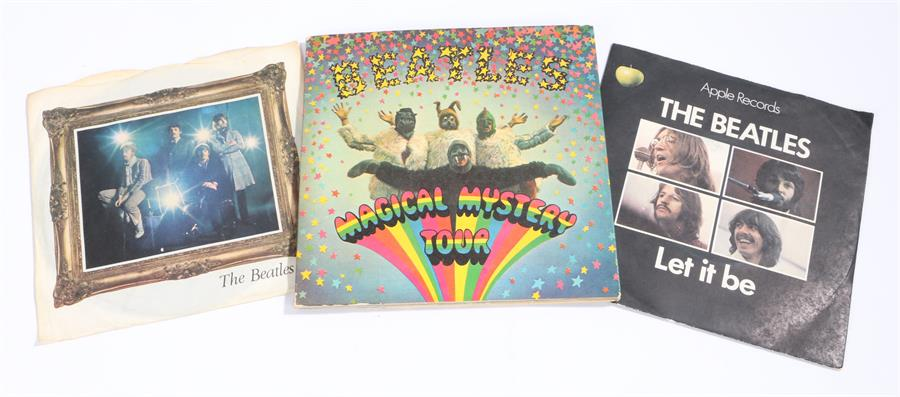 """Lot 54 - 3 x The Beatles 7"""" Singles/EPs. Magical Mystery Tour EP, gatefold sleeve, booklet MMT-1 mono. Let It"""
