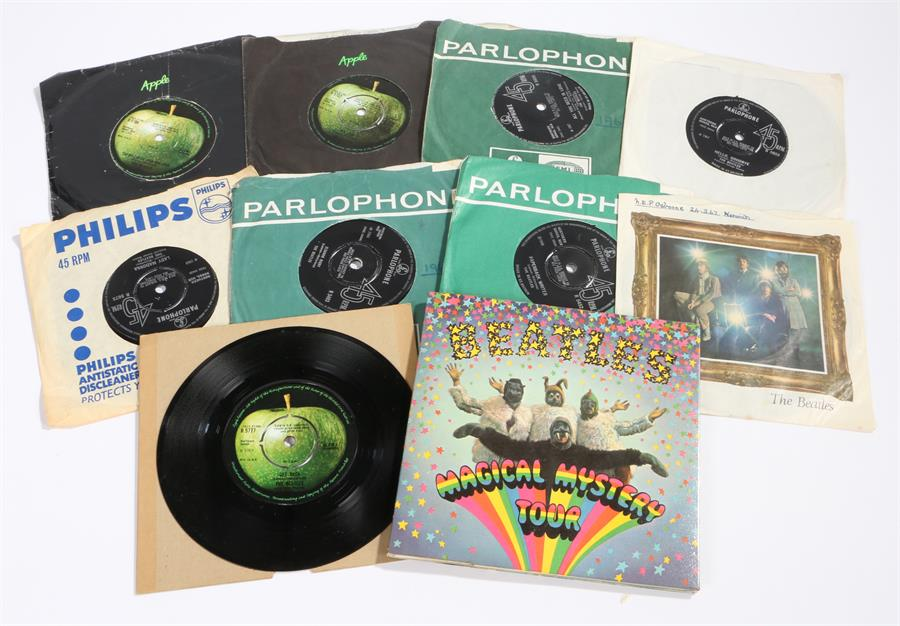 "Lot 17 - 10 x The Beatles 7"" Singles & EP. Magical Mystery Tour EP, MMT-1 mono. Strawberry Fields Forever ("