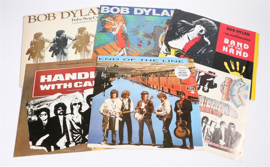 """Lot 20 - 5 x Bob Dylan/Traveling Wilburys 12"""" singles. Everything Is Broken CBS 655358 6. Baby Stop Crying,"""