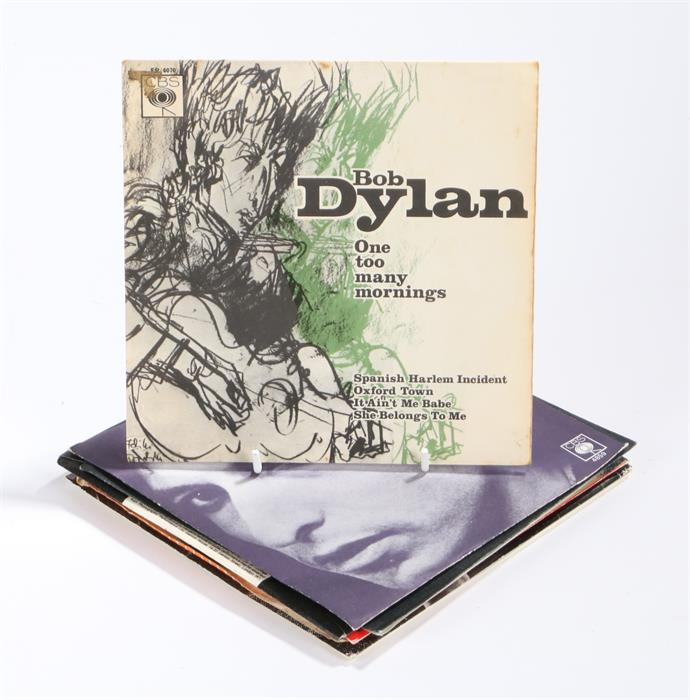 """Lot 29 - 8 x Bob Dylan 7"""" Singles. One Too Many Mornings, CBS EP 6070 pic sleeve. I Want You. Knockin On"""