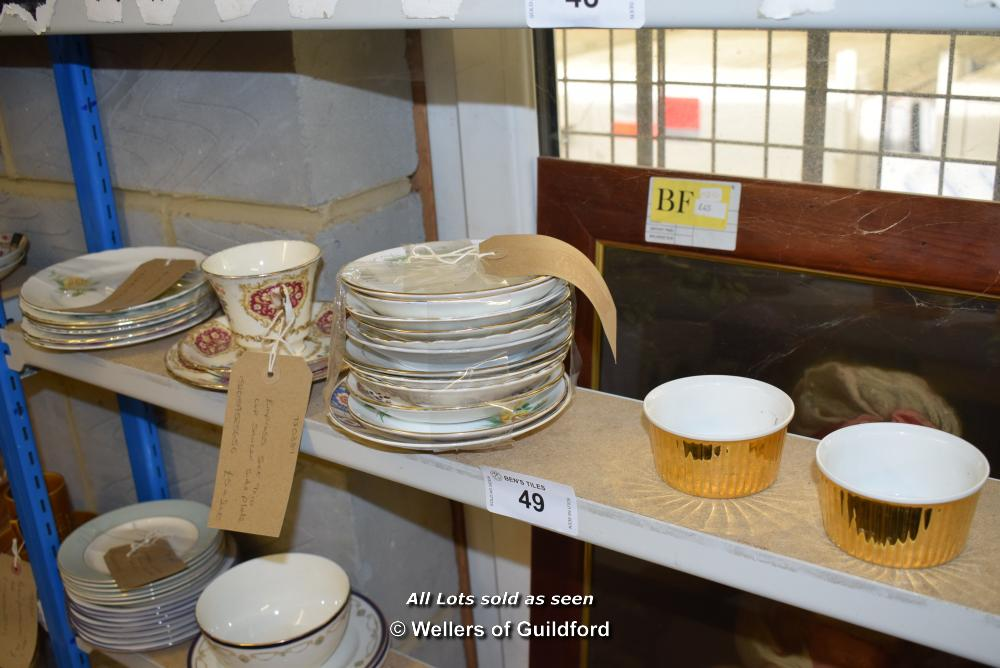 Lot 49 - *SHELF OF PORCELAIN WARE AND COLLECTABLES