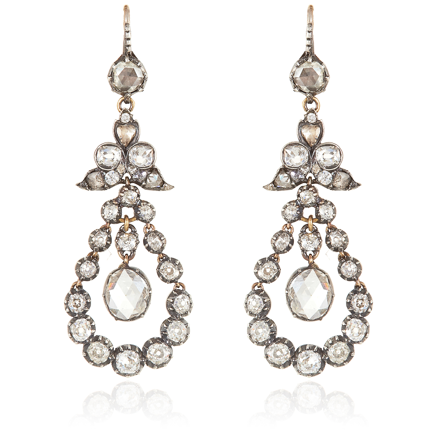Los 45 - A PAIR OF ANTIQUE DIAMOND EARRINGS, 19TH CENTURY in yellow gold and silver, each set with a