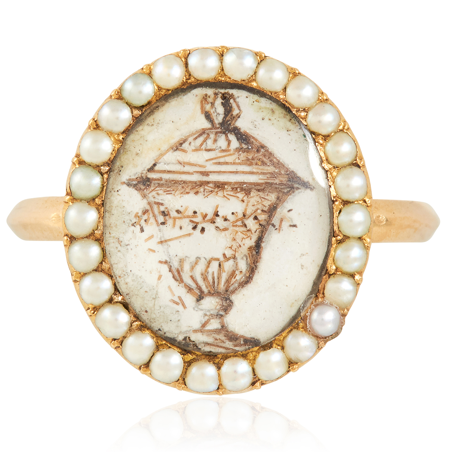 Los 53 - AN ANTIQUE GEORGIAN MINIATURE AND PEARL MOURNING RING, 18TH CENTURY in high carat yellow gold,