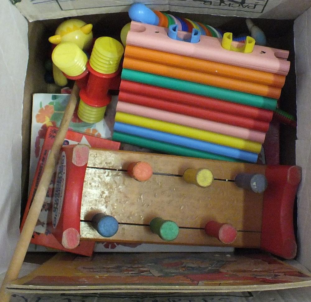 Lot 36 - A box of miscellaneous toys