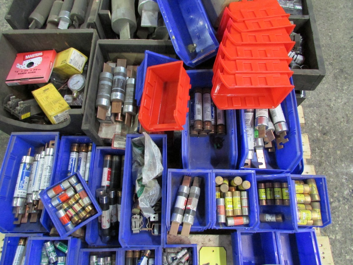 Two skids of various sized fuses, elec. components, fittings, connectors, etc. - Image 2 of 6
