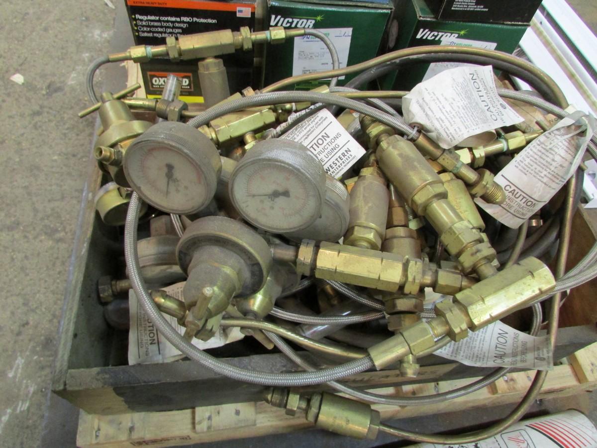 Lot 37 - Qty. of welding gas reguators
