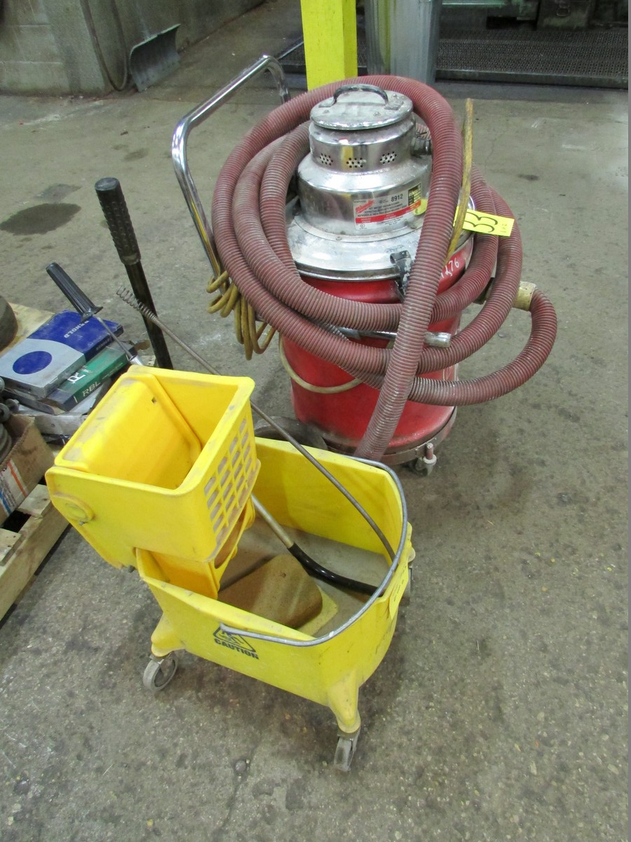Milwaukee HD shop vac and mop bucket - Image 2 of 2