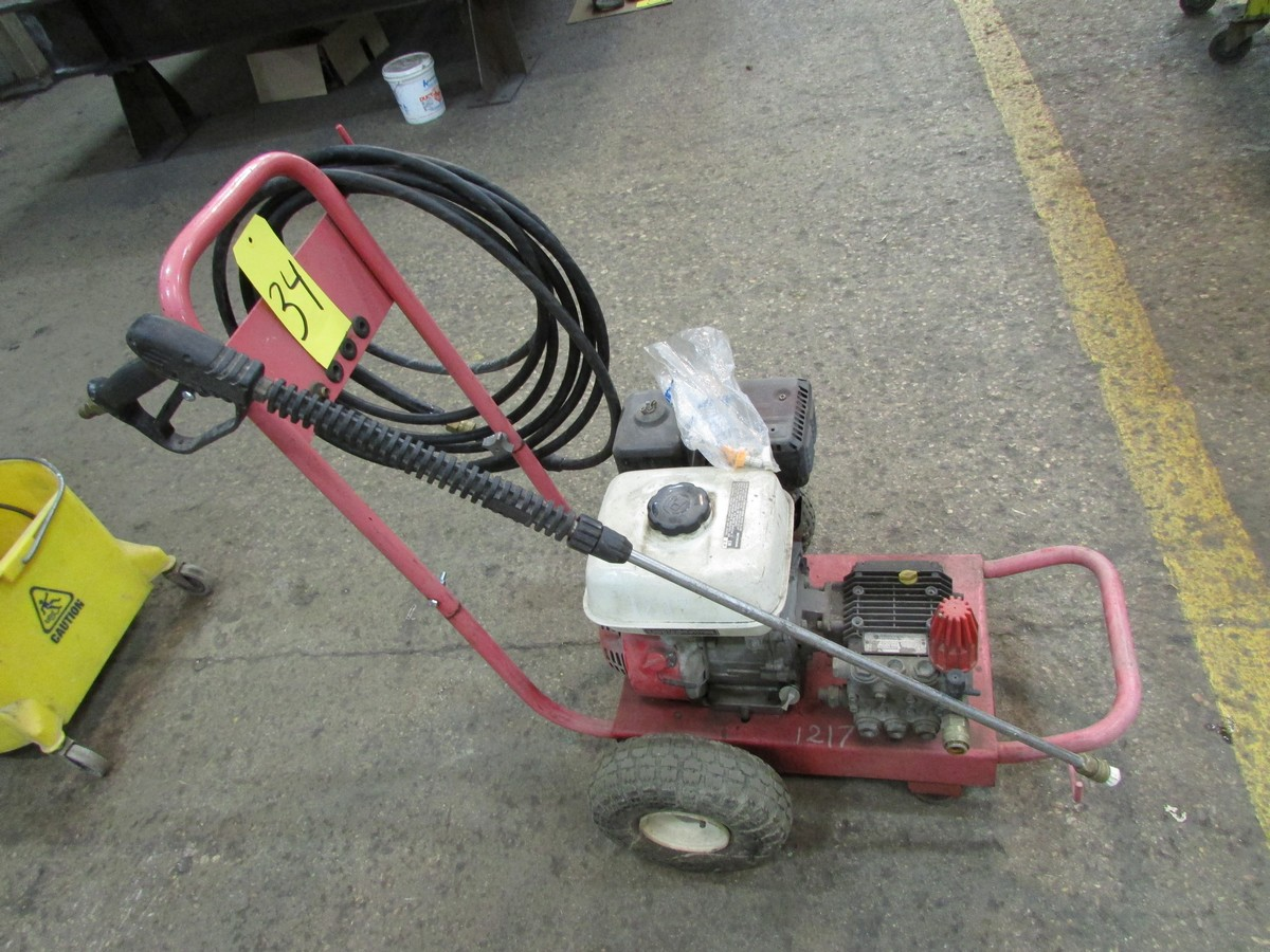 Honda gas powered power washer, 2,200 PSI - Image 3 of 3
