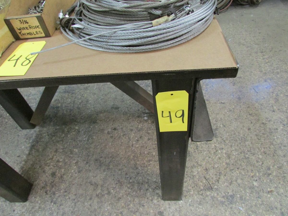 Lot 49 - HD work table w/ 5'' vise, 48'' x 24'' x 32''H