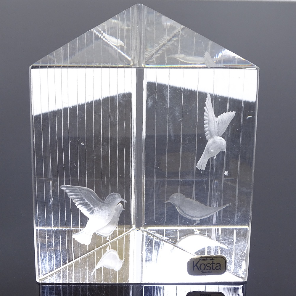 VICKE LINDSTRAND FOR KOSTA - a Mid-Century Swedish glass Birds prism sculpture, circa 1960s,