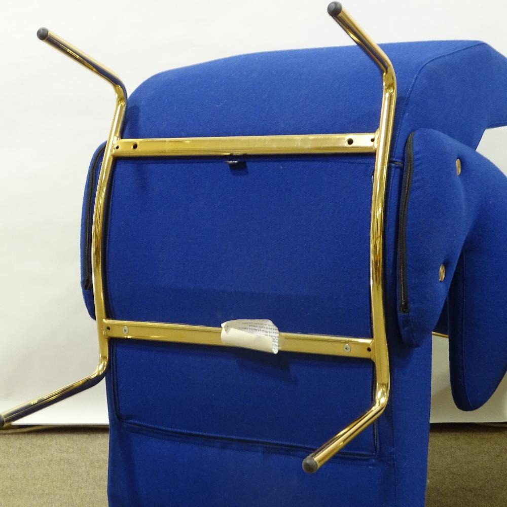 ERBERTO CARBONI FOR ARFLEX - a late 20th Century Italian Delfino / Dolphin lounge chair and Ottoman, - Image 4 of 5