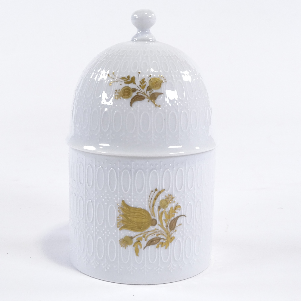 BJORN WIINBLAD FOR ROSENTHAL - a Mid-Century German porcelain Romanze sugar jar and cover, - Image 3 of 5