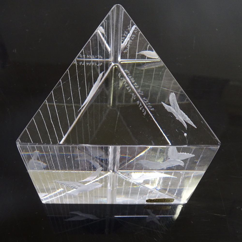VICKE LINDSTRAND FOR KOSTA - a Mid-Century Swedish glass Birds prism sculpture, circa 1960s, - Image 5 of 5
