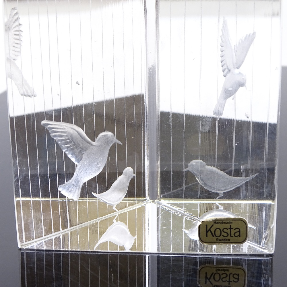 VICKE LINDSTRAND FOR KOSTA - a Mid-Century Swedish glass Birds prism sculpture, circa 1960s, - Image 4 of 5