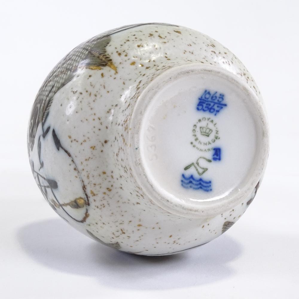 NILS THORSSON FOR ROYAL COPENHAGEN - a Mid-Century Danish pottery Diana Series vase, narrow neck - Image 5 of 5
