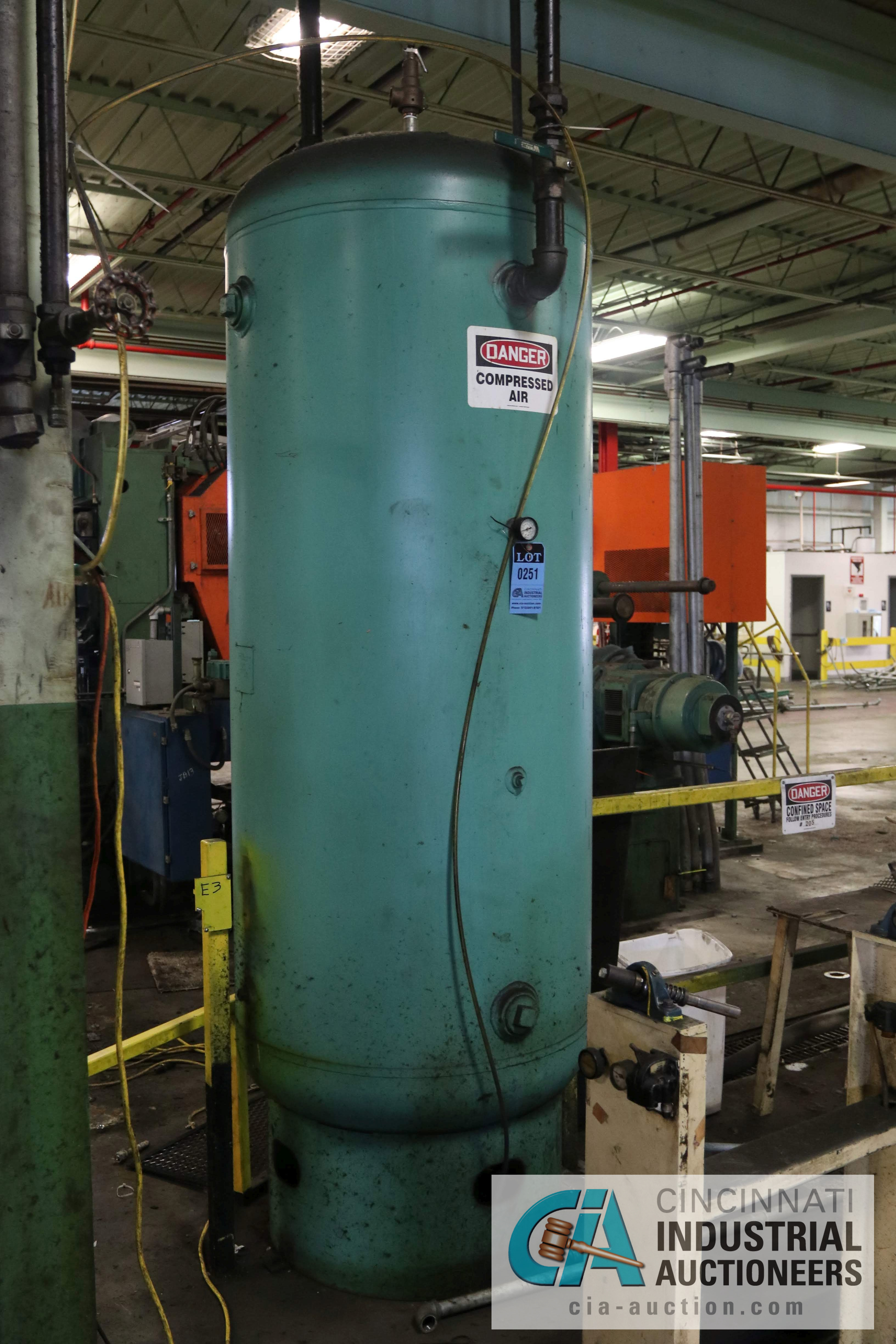 10' AIR TANK - $100.00 Rigging Fee Due to Onsite Rigger - Located in Bryan, Ohio