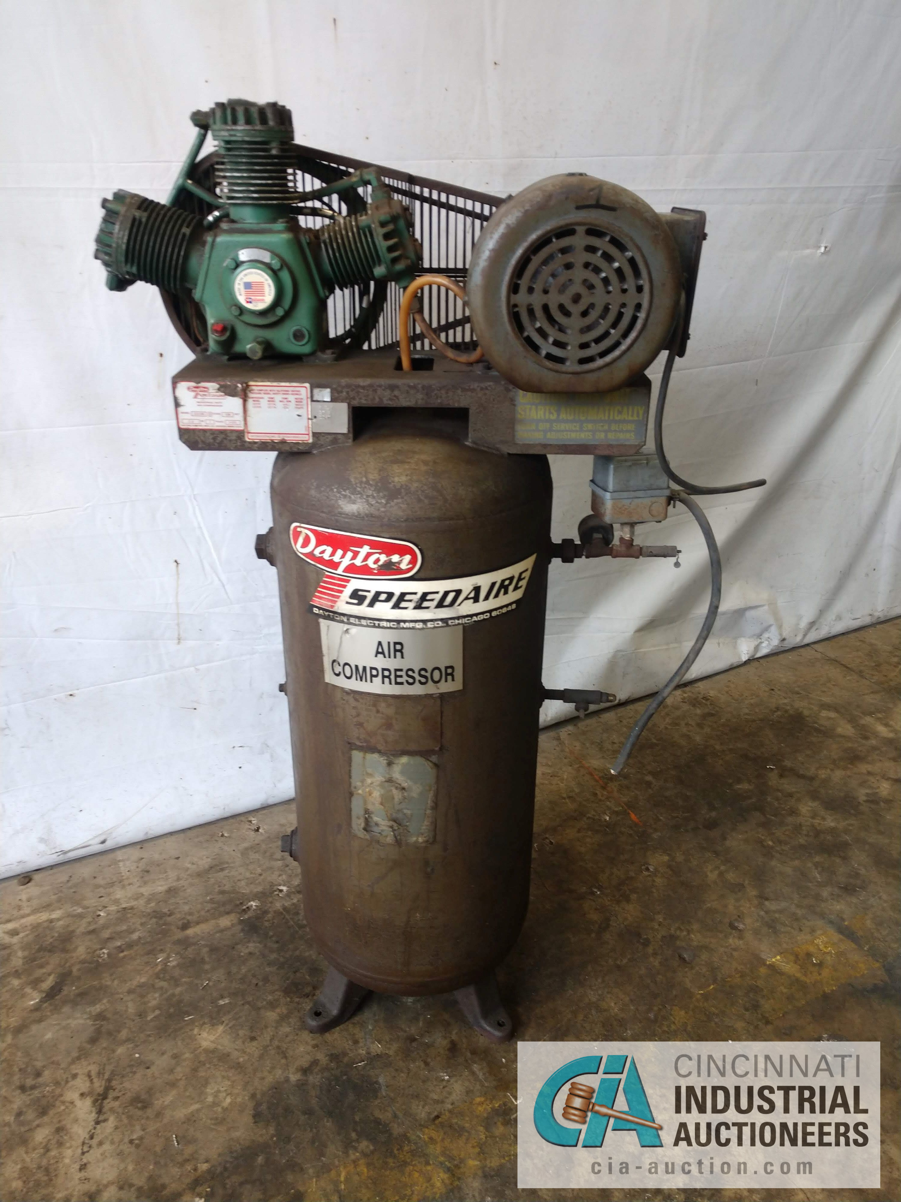 2 HP SPEEDAIRE MODEL 3Z219B AIR COMPRESSOR - $20.00 Rigging Fee Due to Onsite Rigger - Located in
