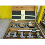 Lot 58 - ELECTRONIC HOLE MICROMETER SET