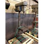 1978 ENCO 9-SPEED VERTICAL DRILL PRESS, MT 3 SPINDLE, 1HP,15 1/2'' X 15 1/2'' TABLE, 1'' CAP.