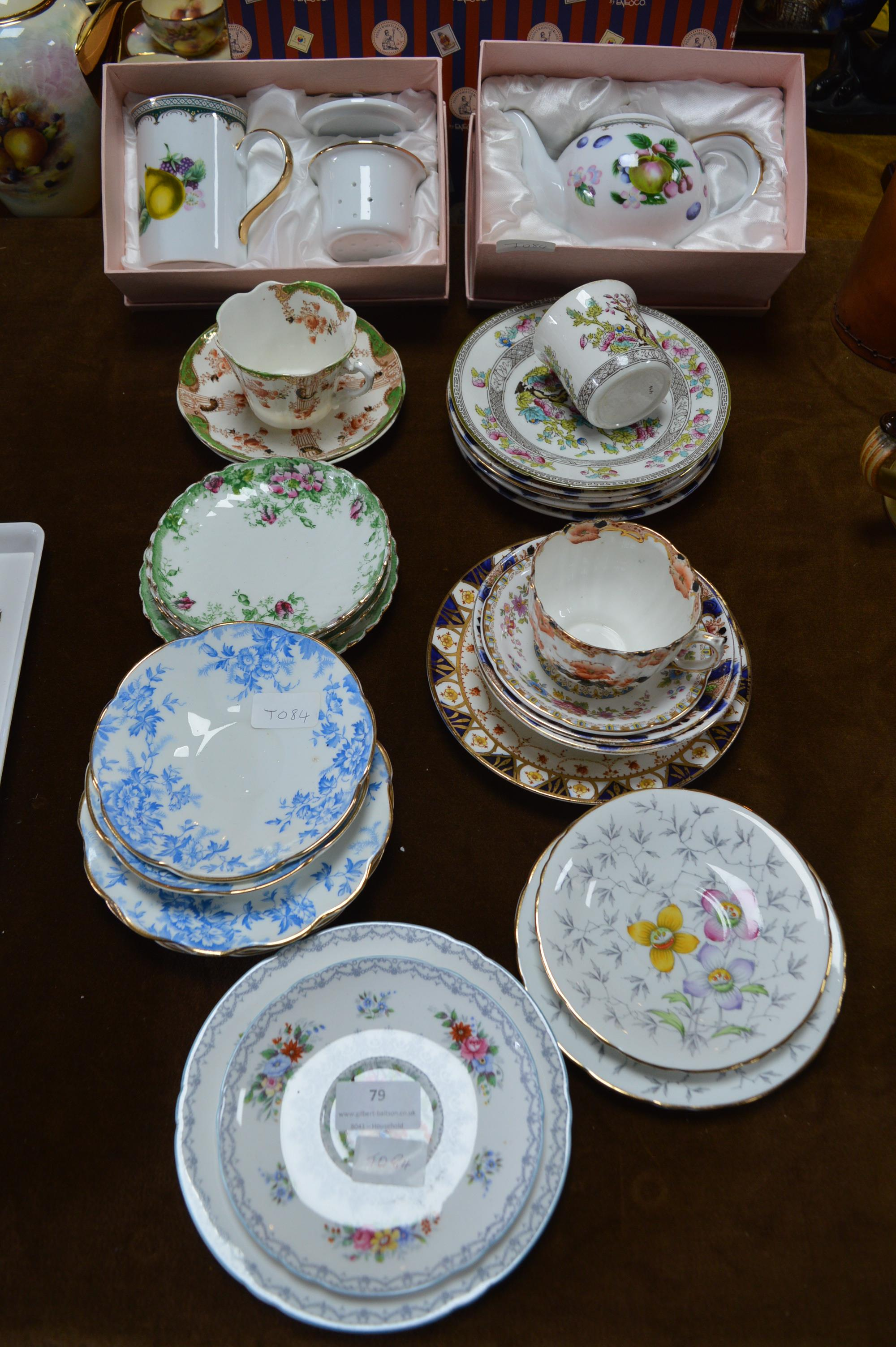 Lot 79 - Collection of Saucers and Boxed Leonardo Tea Set