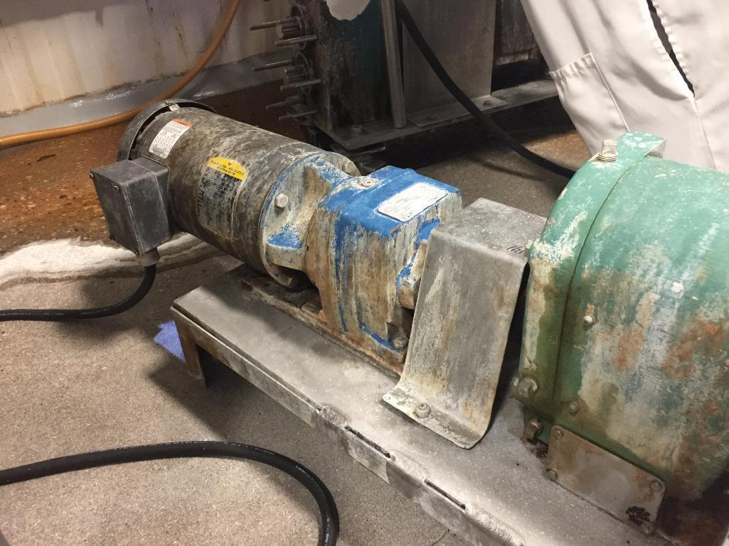Lot 141 - Triclover PD pump, motor and drive. - ** Located in South Beloit, Illinois ** Rigging Fee: $175