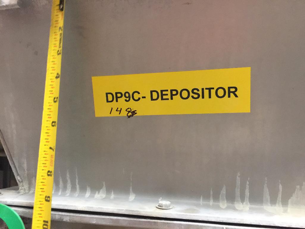 Lot 148 - Auger depositor to extruder, 20 in. x 20 in. x 16 in. deep, SS screw, motor and drive. (missing scre