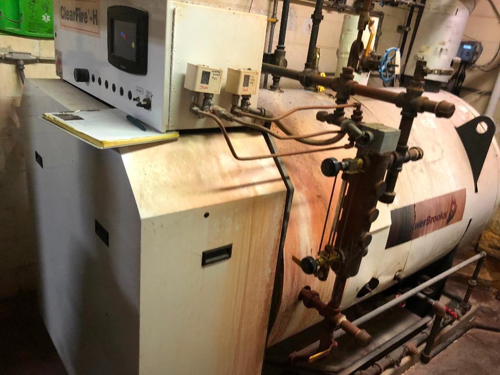 Lot 168 - Cleaver Brooks boiler, heat exchanger, water feed, water softener - ** Located in South Beloit, Illi
