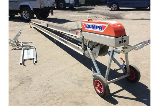 053362} MACE BUMPA PORTABLE CONVEYOR/LIFTER 110V - 10M Appraisal