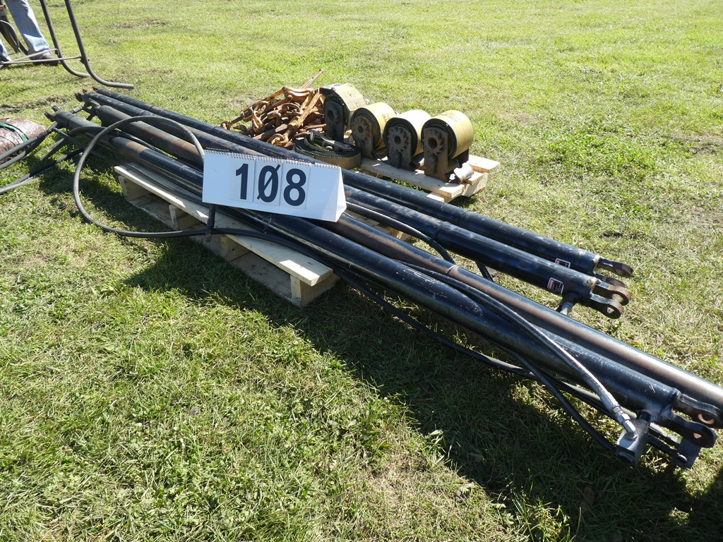 Lot 108 - L/O HYDRAULIC RAMS - 8.5'X3""