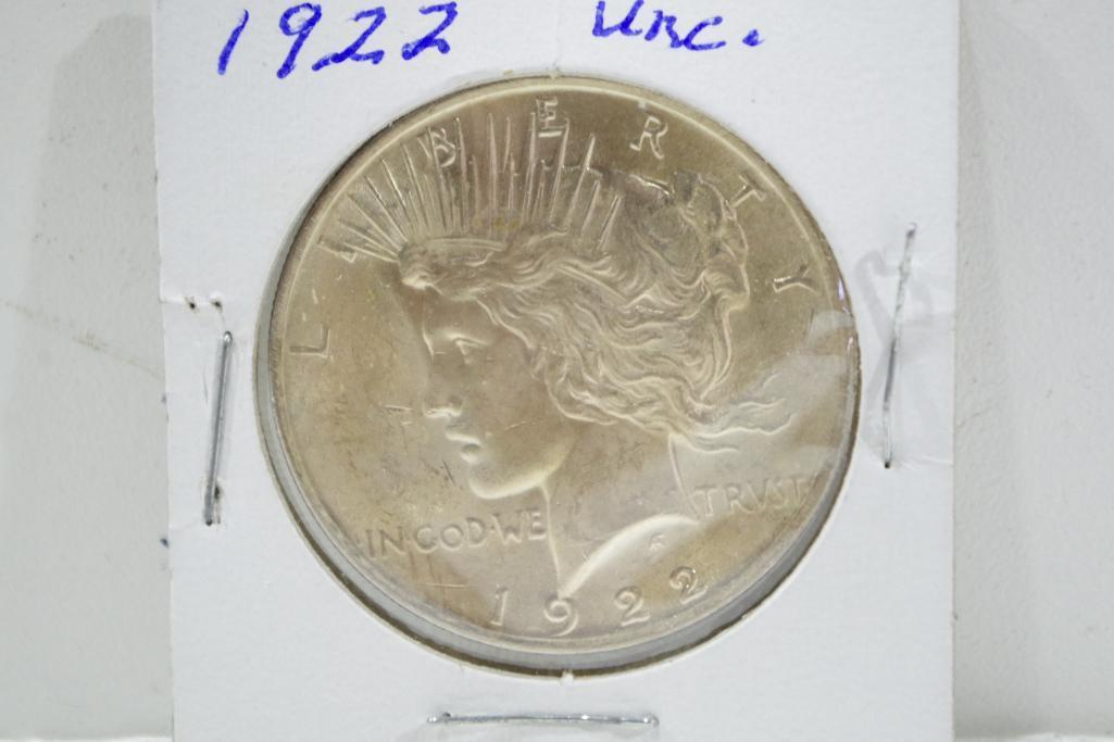 Lot 10 - Uncirculated Silver Peace Dollar, 1922 (Coins secured, please ask to preview)
