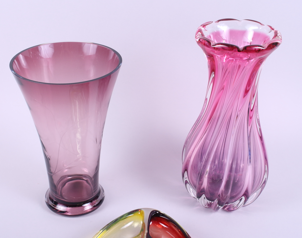 Lot 29 - An art glass dish with three divisions and two coloured glass vases