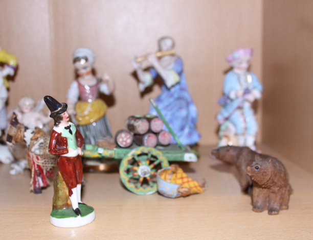 "Lot 25 - A Beatrix Potter model of ""Foxy Whiskered Gentleman"", various 20th century Meissen figures, etc"