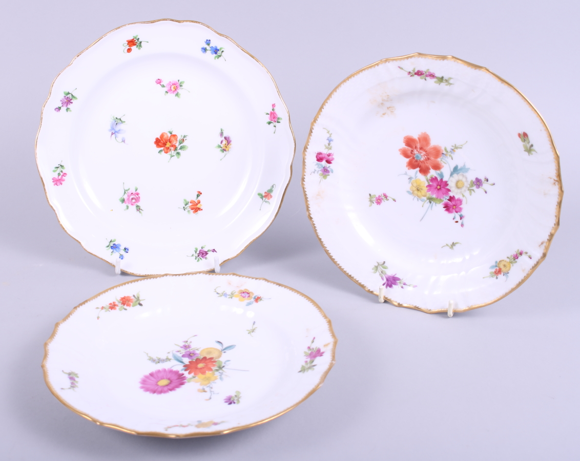 """Lot 10 - A 19th century Meissen dish decorated floral sprays, 8"""" dia, and a similar pair of Copenhagen"""
