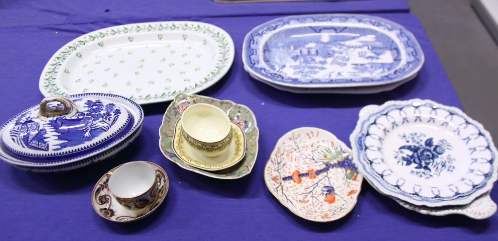Lot 48 - A Willow pattern platter, a similar tureen, three other platters, Wedgwood creamware and other