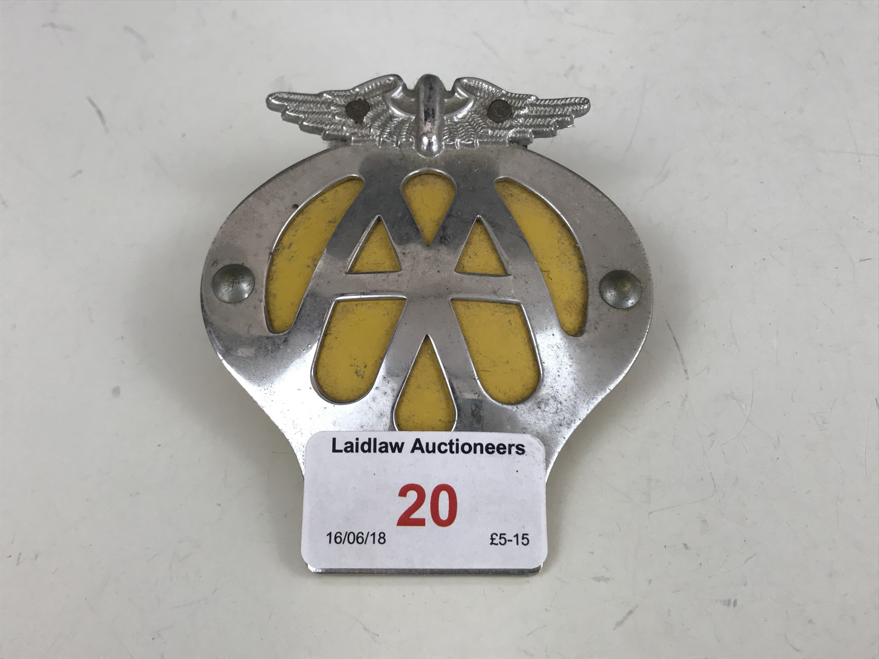 Lot 20 - A vintage AA Badge