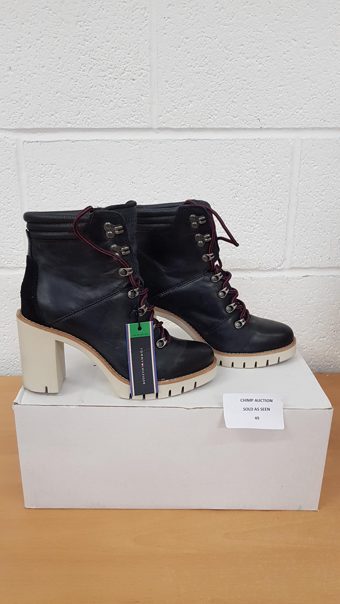 Lot 49 - Tommy Hilfiger Ladies shoes UK 3.5 RRP £79.99